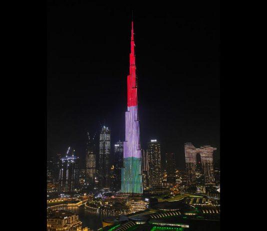 A Burj Khalifa magyar nemzeti színekbe öltözött